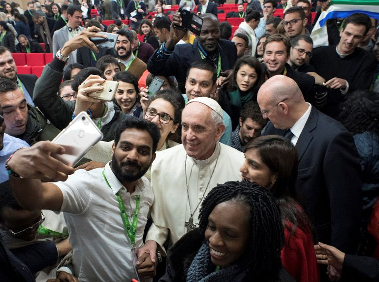Synod document takes inclusive tone toward youth who disagree with church